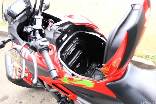 Staufach Honda NC700X